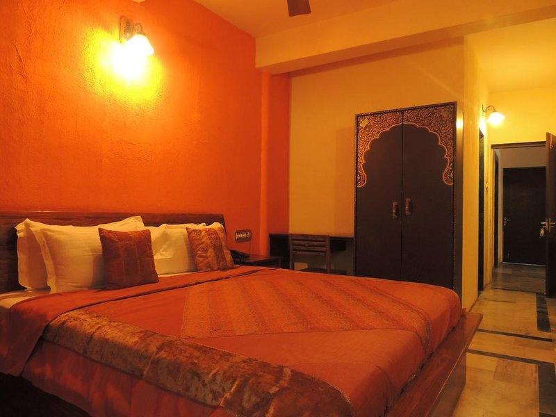 Rudraneel Villa - Deluxe Double Room 2, holiday rental in Jodhpur