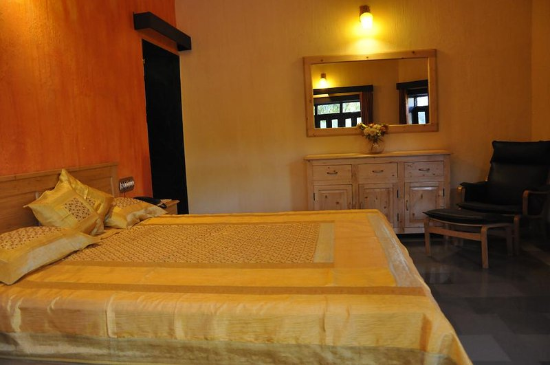 Rudraneel Villa - Deluxe King Room, holiday rental in Jodhpur