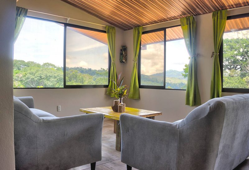 Valley of Dreams Lodge 3, holiday rental in Platanillo
