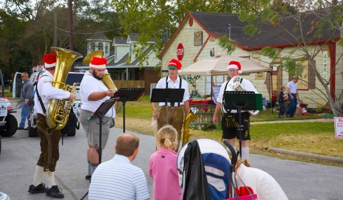 Tomball German Festival 2020.Brightside Your Home Between Homes 3 Bdrm 2 Bath Pets