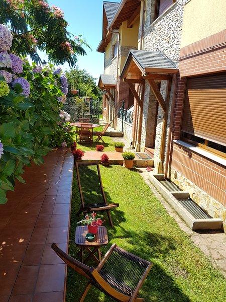 Chalet con piscina  zona Comillas, holiday rental in Treceno