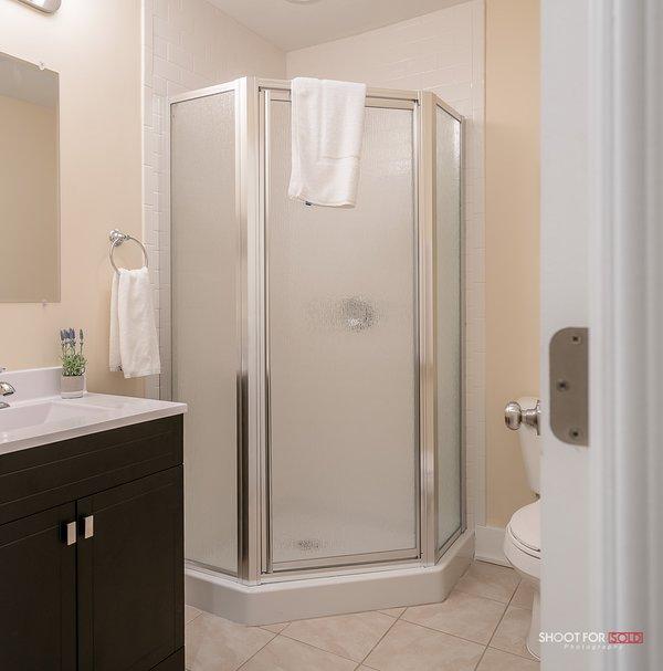 Baño completo con ducha 4