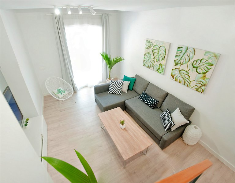 Loft Duplex Malaga❤️Ozone Cleaning/Free Rental Bikes/Optional Private Parking, holiday rental in Malaga
