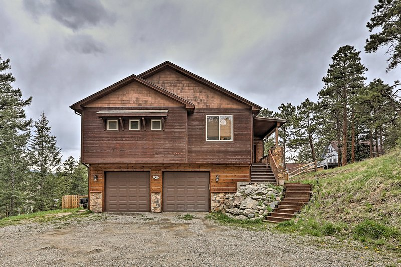 Everyone will love the home's central location between Denver and the mountains!