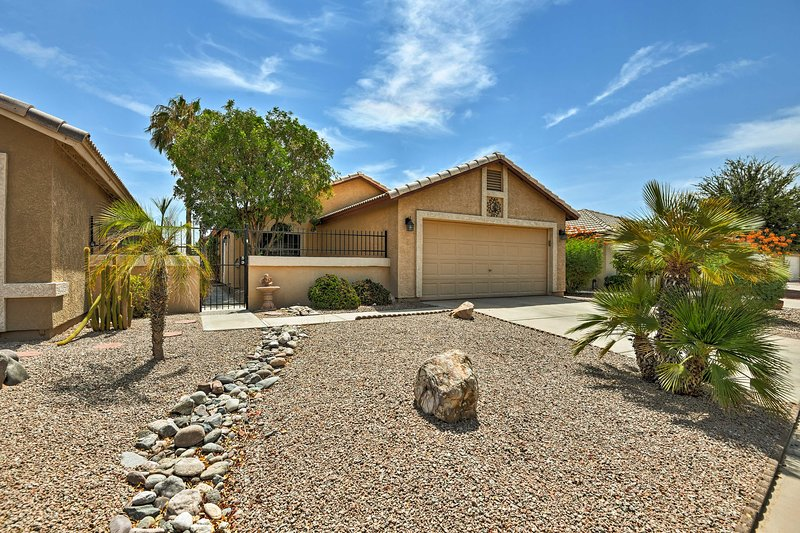 Situated in Casa Grande, the home boasts 3 bedrooms, 2 baths, and space for 6.