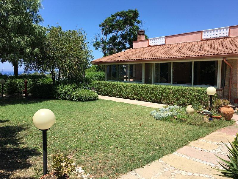 Villa Ninnarella, vacation rental in Trappeto