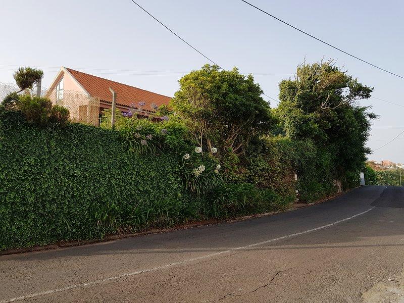 Casa localizada na estrada regional 101