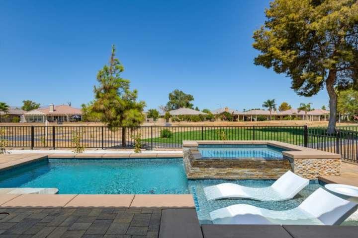 Indian Palms Retreat!-Near Music Festival/Golf, Saltwater Pool & Spa, Gas Firepl, holiday rental in Coachella