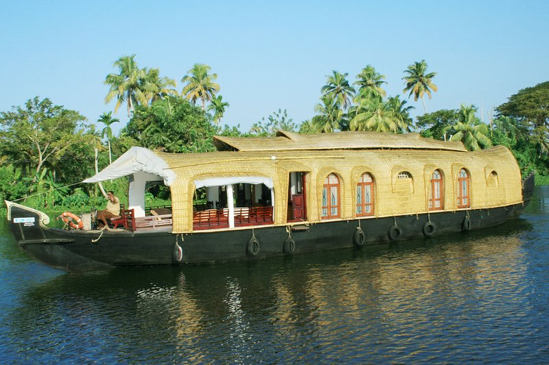 Mantra Houseboats, holiday rental in Alappuzha