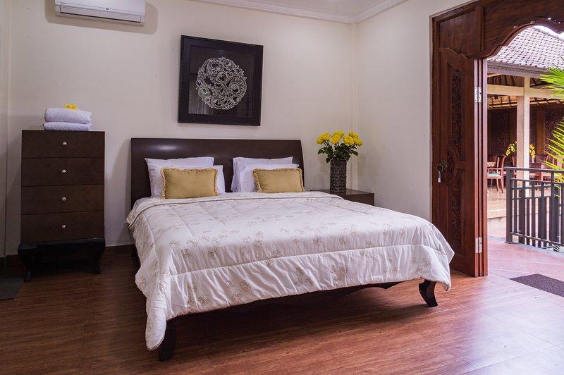 Villa Taman Sari (Bedroom 1), holiday rental in Sukawati