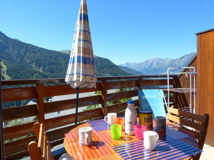 Nice apt with mountain view, alquiler vacacional en Vaujany