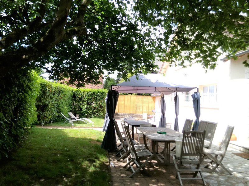 La Tribu de Beauval 3*** 6 ch 3 SdB Saint Aignan, vacation rental in Saint-Romain-sur-Cher