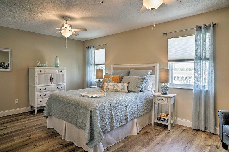 El interior cuenta con una sensación brillante y aireada, así como una decoración de buen gusto.