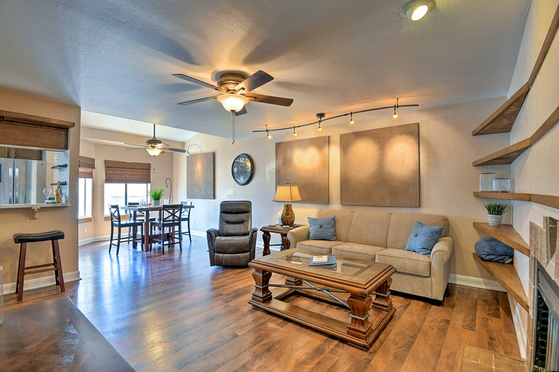 A memorable desert retreat awaits at this beautiful Tempe vacation rental condo!
