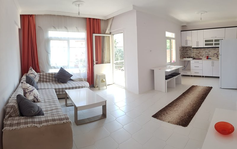 Altinkum/Didim Holiday Apartment - Close to beach, holiday rental in Altinkum