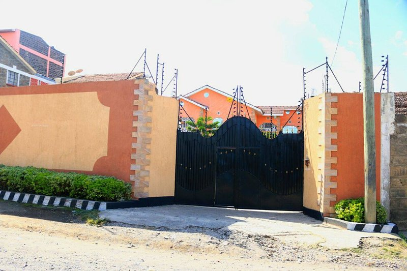 3 bedroom Mansionatte Fully furnished house in Nakuru Kenya, alquiler de vacaciones en Lake Elementaita
