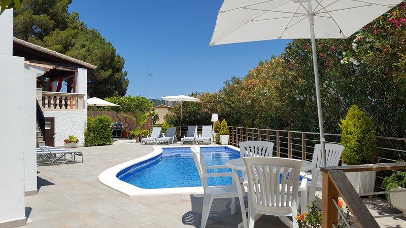 Villa - Chalé en una ubicación excepcipnal, en un entrorno de naturaleza., holiday rental in Costa De Los Pinos
