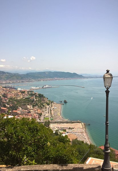 La casa di Beatrice, in Costiera Amalfitana con vista mozzafiato, holiday rental in Vietri sul Mare