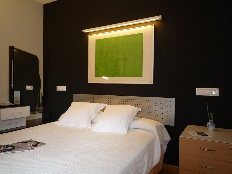 Bedroom with double bed of 1,35m.