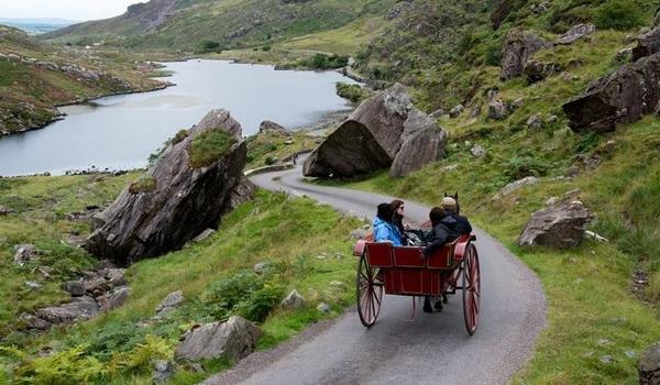 Enjoy a jaunting cart ride though the Gap of Dunloe and Killarney National Park
