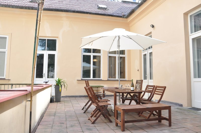 Comfortable living in baroque gem of Prague with terrace
