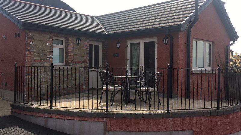 Stunning self-catering holiday cottage in Cookstown, holiday rental in Tobermore