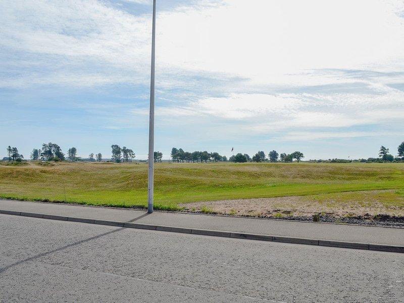 Uitzicht vanuit huis. Op loopafstand van vriendelijke golfclub bars en restaurants.
