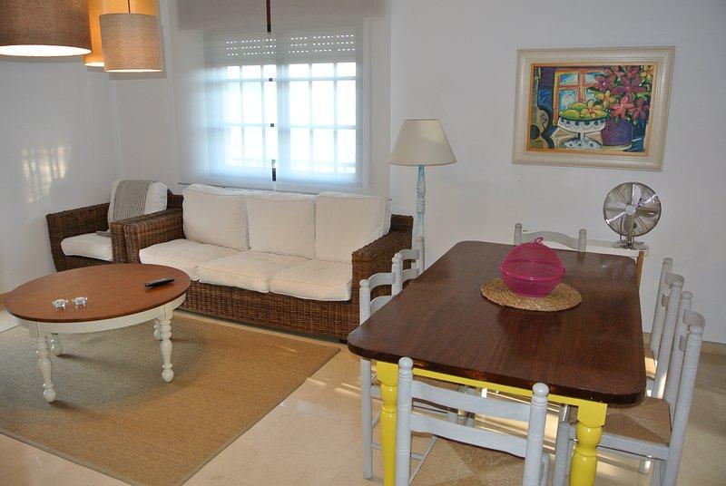Casa vacacional con piscina en Sanxenxo, vacation rental in Sanxenxo