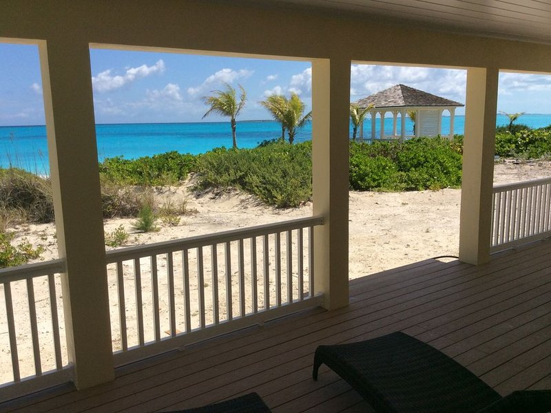 Bahama Blue - Oceanfront on the Nicest Beach in Exuma
