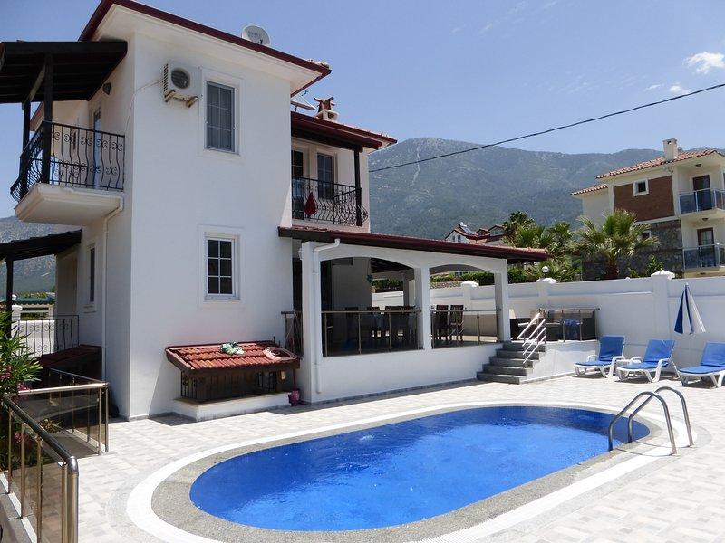 Villa Pembe D, location de vacances à Ölüdeniz