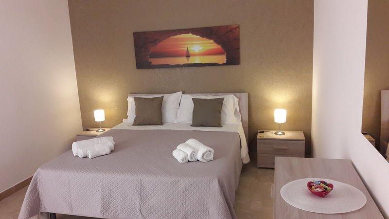 AgriCentro 3 - appartamento con terrazza e garage, vacation rental in Agrigento