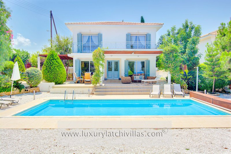 Villa Serenity     ‎, holiday rental in Latchi