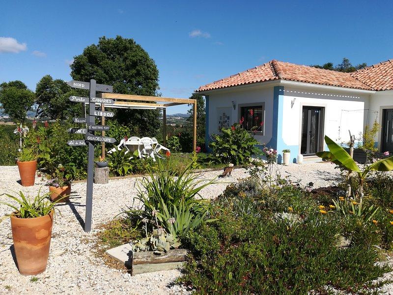 Studio Canto Azul   piscine au sel, alquiler vacacional en Turquel