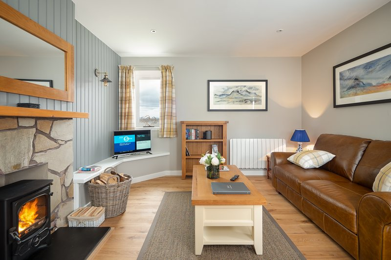 Pine Cottage at Highland Holiday Cottages, vacation rental in Dalwhinnie