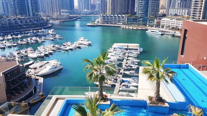 Dubai Marina Luxury Apartment, vacation rental in Dubai