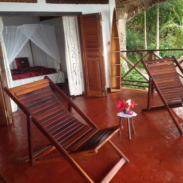 Spacious house with sea view & Wifi, holiday rental in Ambanja