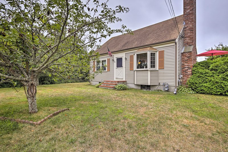 Pet-Friendly West Yarmouth Home - ½ Mi from Beach!, holiday rental in Hyannis