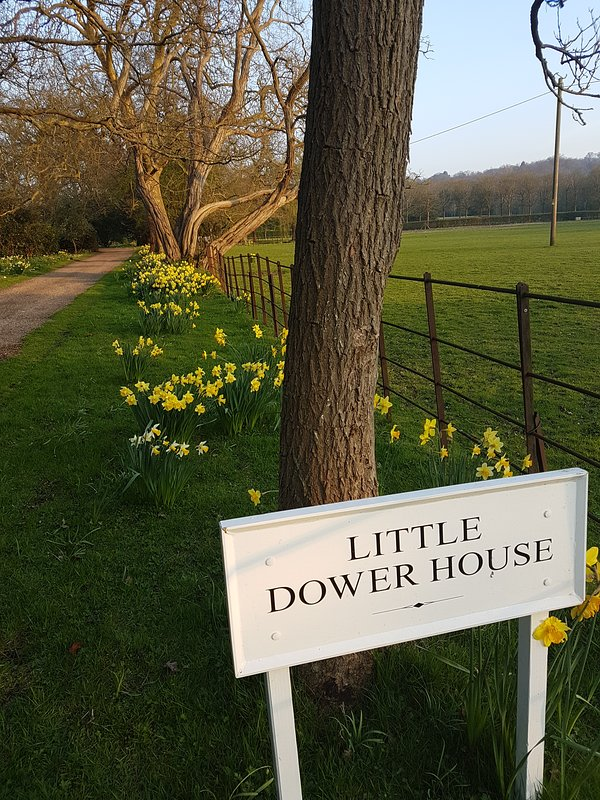 Little Dower House, Old Windsor - home to the Little Hideaway