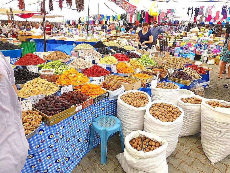 Mercado de los jueves de Yalikavak