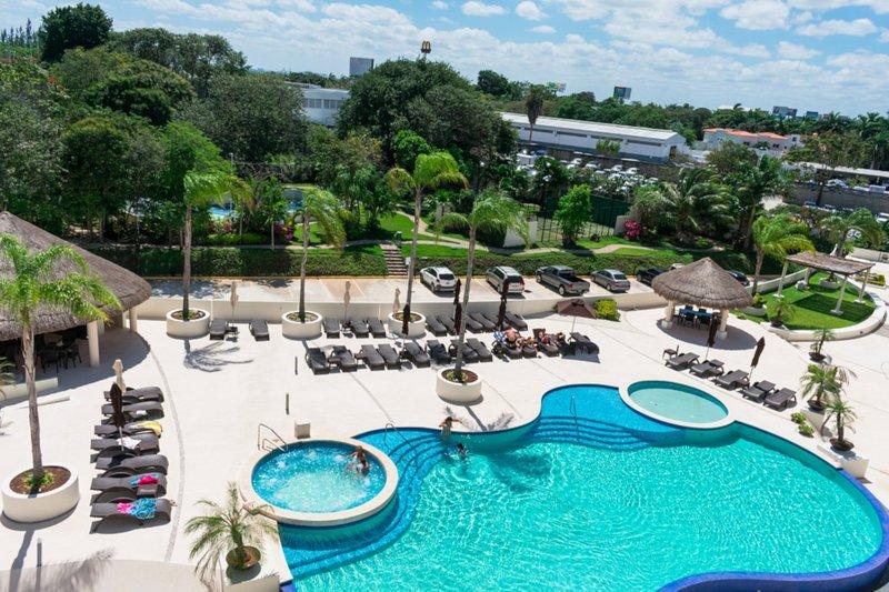 Luxury 3 bedroom apartment, Ferienwohnung in Cancún