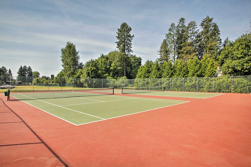 Host your own tennis tournament!
