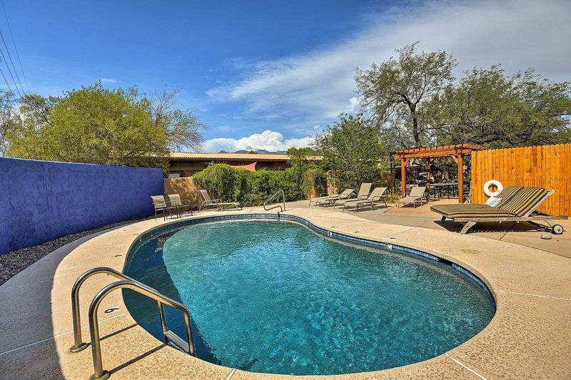 Con letti per 4, un patio e l'accesso a una piscina, questa casa è davvero a 5 stelle.