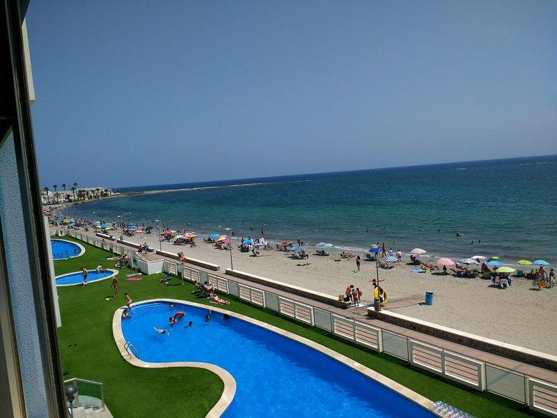 Euromarina Towers Beachfront Apartment, alquiler vacacional en Municipio de Cartagena