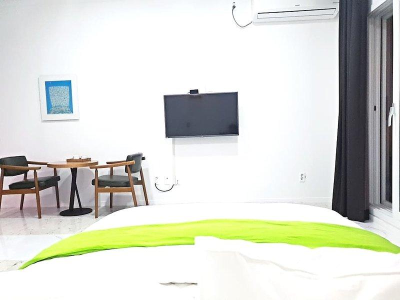 JEJU Pension GAIA Room 101, holiday rental in Jeju
