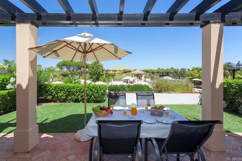 3 Bed - Apartment Basil in São Lourenço, location de vacances à Quinta do Lago