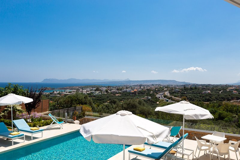 Elysium Villa offers panoramic sea views and it's located close to the beach!