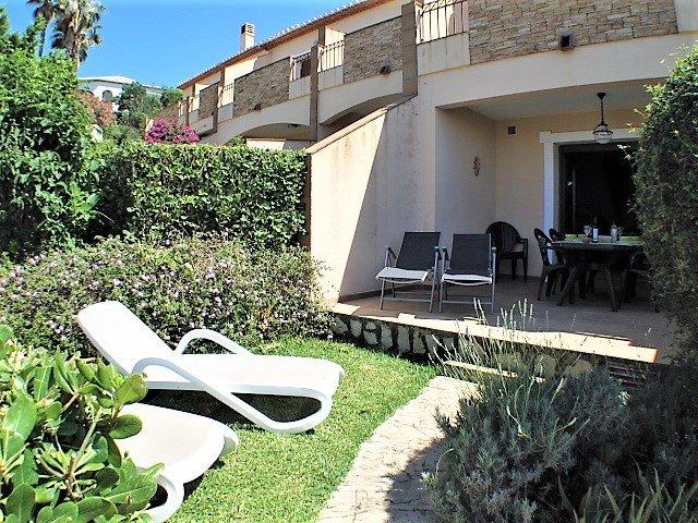 Sol de Azahar 14, apartment with sea views, WiFi, Air Con, ESP UK TV, sleeps 4, location de vacances à Denia