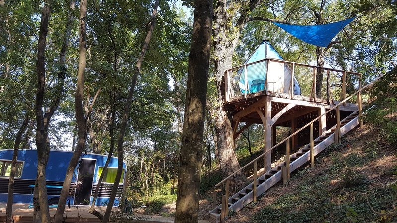 LA GOUTTE D'O ET SA CARAVANE - Des Branches & Vous, vacation rental in Chabeuil