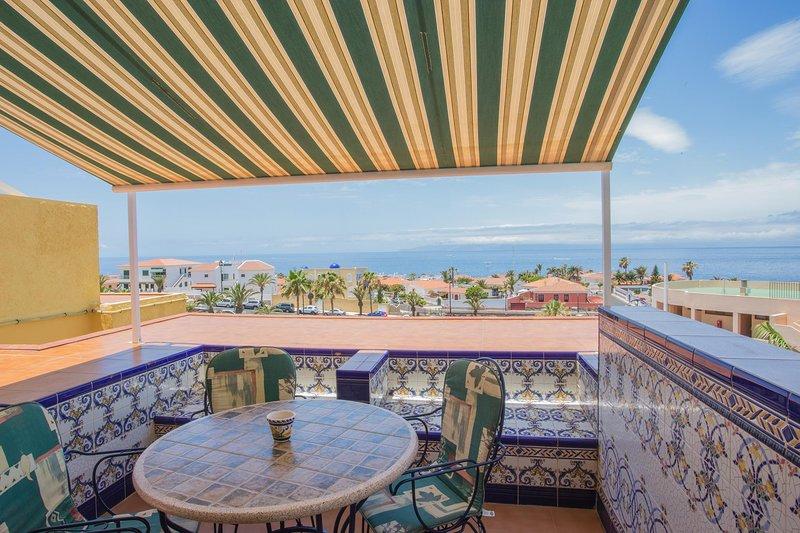 Viva Tenerife apartments near the ocean, Ferienwohnung in Puerto de Santiago