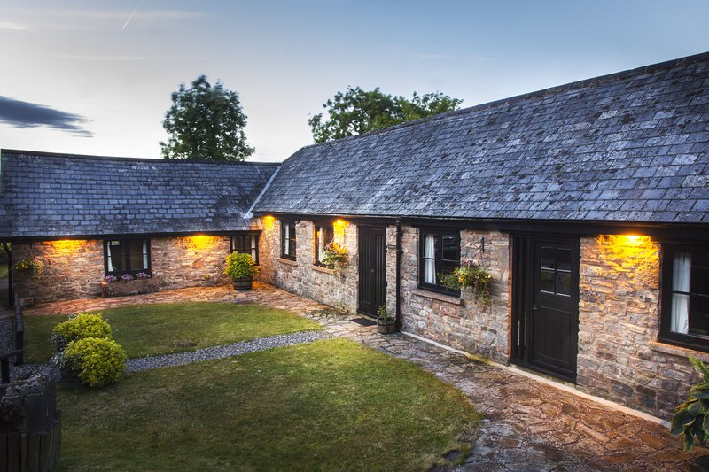 The Long Barn, vakantiewoning in Bampton